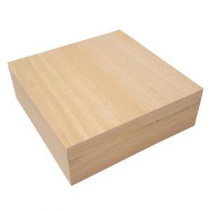 Houten vierkante doos met los deksel om te graveren met brandpen