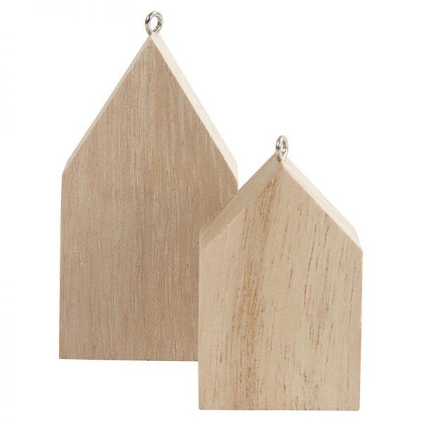 Houten huis met ophangoogje voor houtbranden of graveren met brandpen